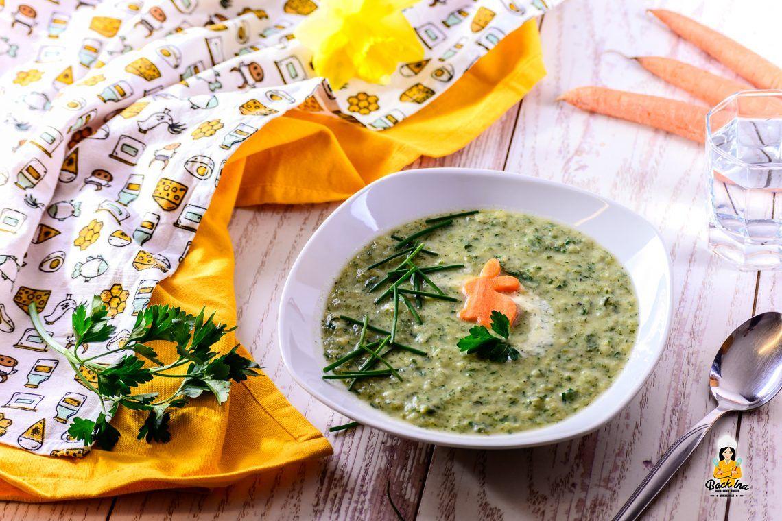 Grün, grün, grün (Kräuter-Suppe mit Karotten Osterhasen)