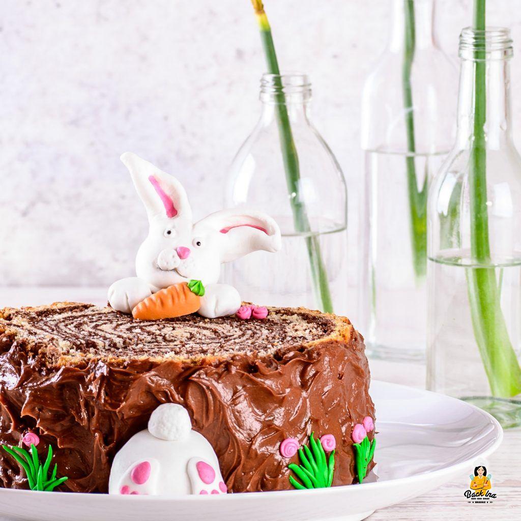 Baumstamm Torte mit Osterhasen