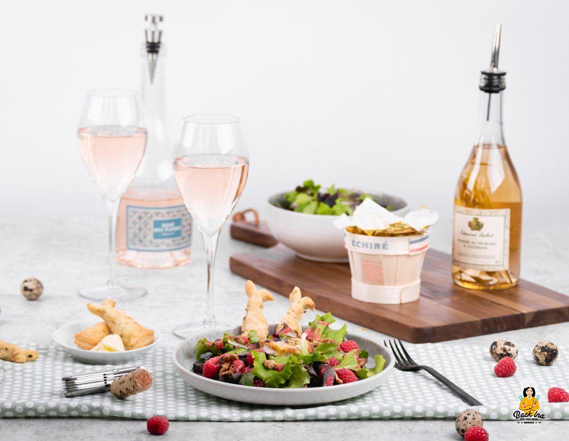 Vive le Frühling: Salat mit gebackenem Ziegenkäse und Kräuter-Crackern