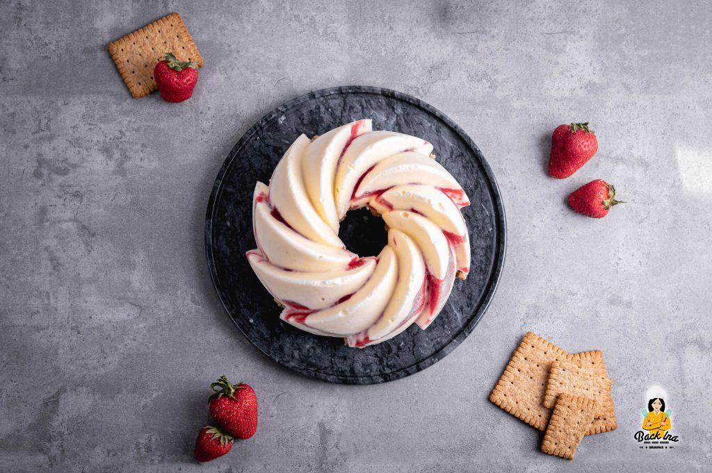 Erdbeer Joghurt Eistorte