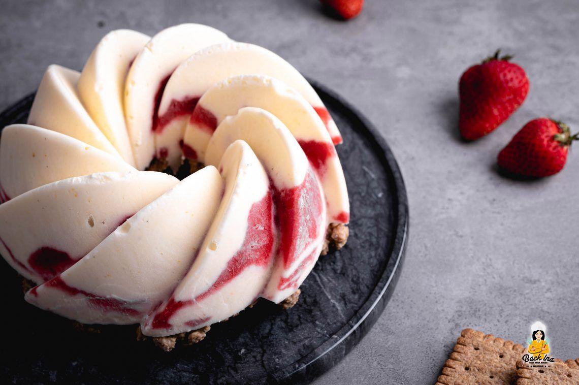 Erfrischend cool (Erdbeer Joghurt Eistorte)