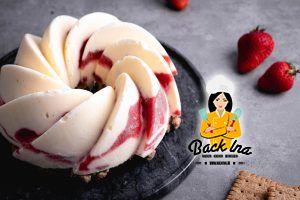 Eistorte mit Erdbeeren und Joghurt selber machen