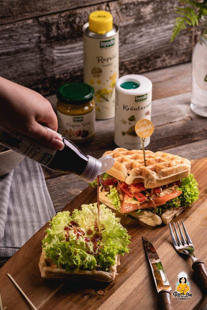 Idee zum Picknick: Waffelsandwiches mit Johannisbeer Crema von Byodo