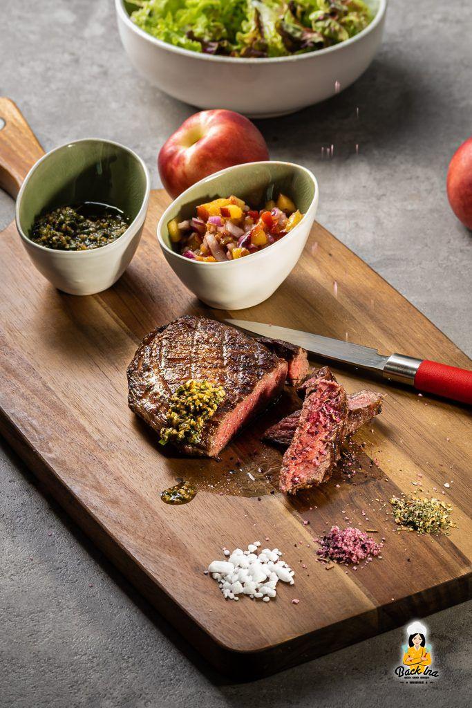 Steak mit Pfirsich Salsa und Chimichurri: Leckeres vom Grill