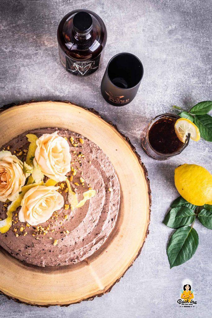 Torte mit Schokolade und Rum - einfaches Rezept