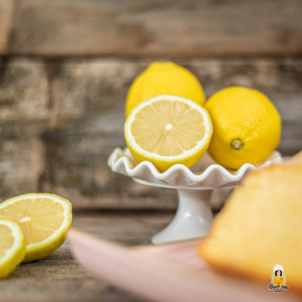 Frische Zitronen für einen Zitronenkuchen